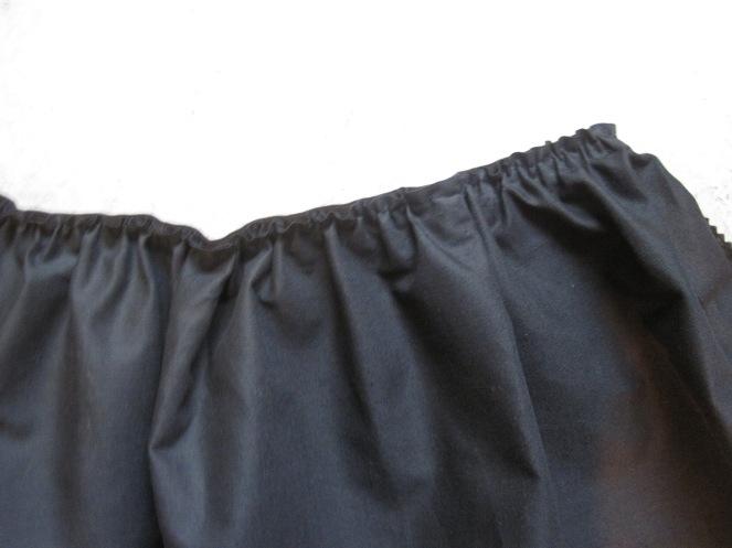 7. elastikk på skjørt vrang